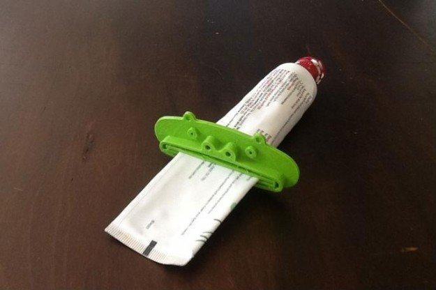 another-classic-problem--this-keeps-all-your-toothpaste-packed-near-the-top-of-the-tube